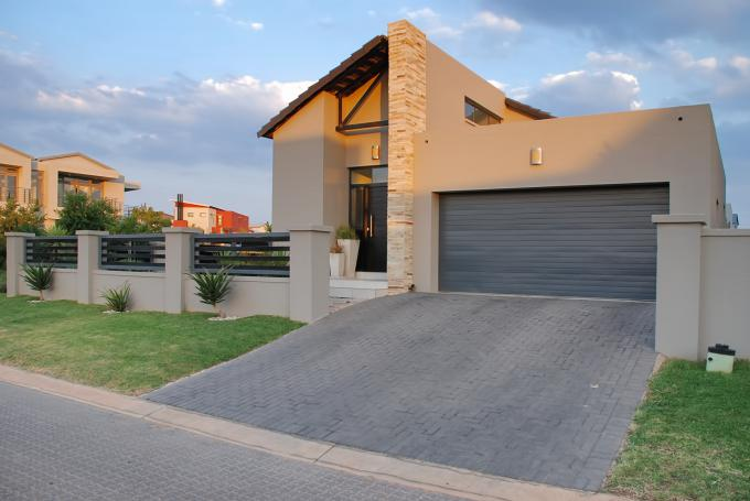 3 Bedroom House for Sale For Sale in Copperleaf Golf and Country Estate - Home Sell - MR165136