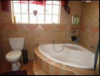 Main Bathroom - 6 square meters of property in Randfontein