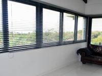 Dining Room - 17 square meters of property in Marina Beach