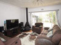 Lounges - 24 square meters of property in Boksburg