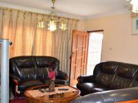 Lounges - 19 square meters of property in Brookdale