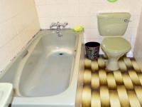 Main Bathroom - 4 square meters of property in Brookdale