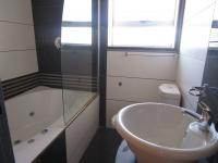 Bathroom 1 - 4 square meters of property in Crown Gardens