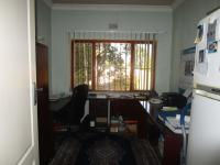 Study - 12 square meters of property in Kelvin