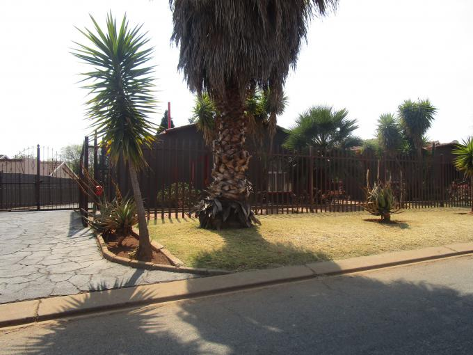 Standard Bank EasySell 3 Bedroom House for Sale For Sale in Westonaria - MR165725