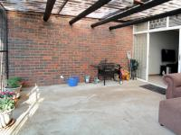 Patio - 22 square meters of property in Queenswood