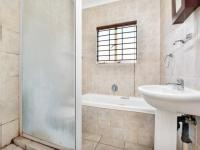 Main Bathroom of property in Olivedale