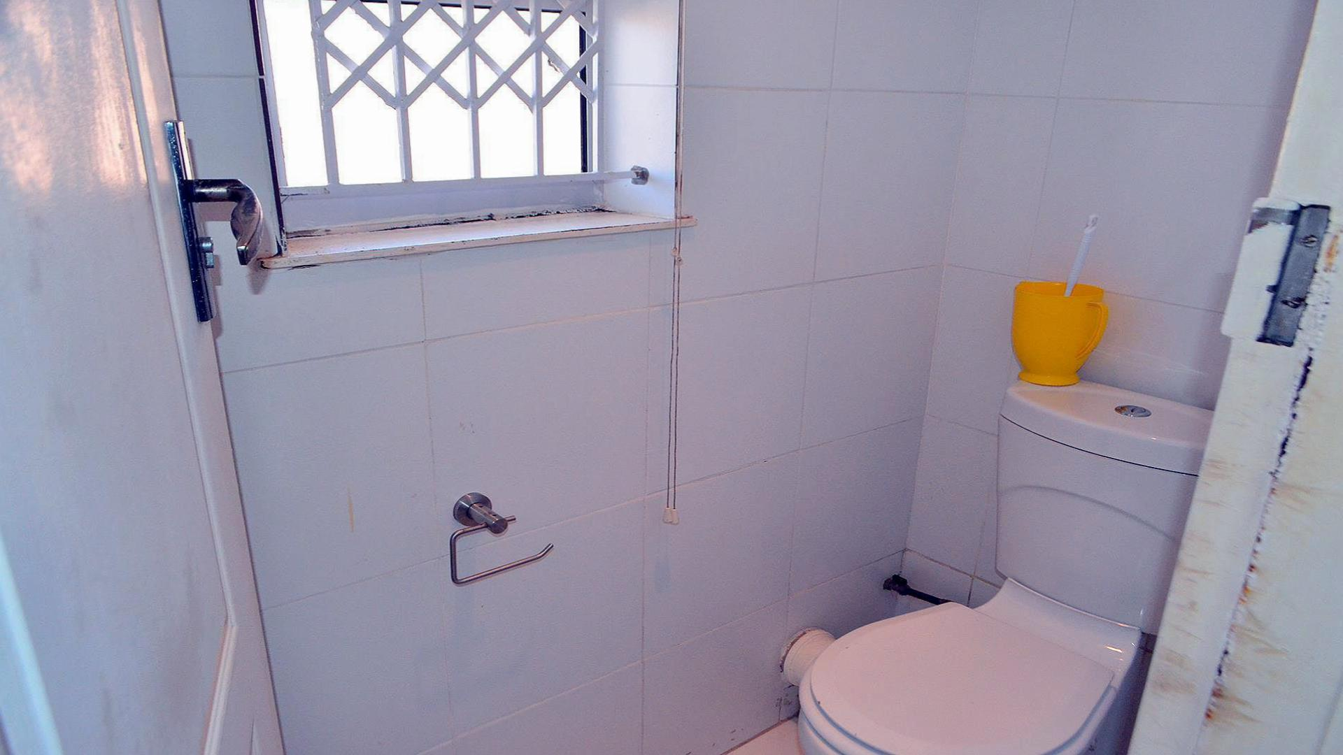 2 Bedroom Apartment for Sale For Sale in Isipingo Beach  Private