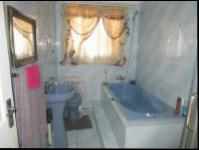 Main Bathroom - 8 square meters of property in Simunye