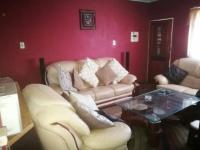 Lounges - 16 square meters of property in Kempton Park
