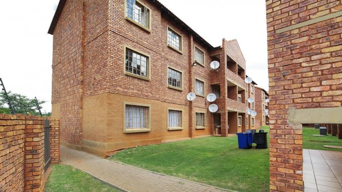 Standard Bank EasySell 2 Bedroom Sectional Title for Sale For Sale in Akasia - MR166257