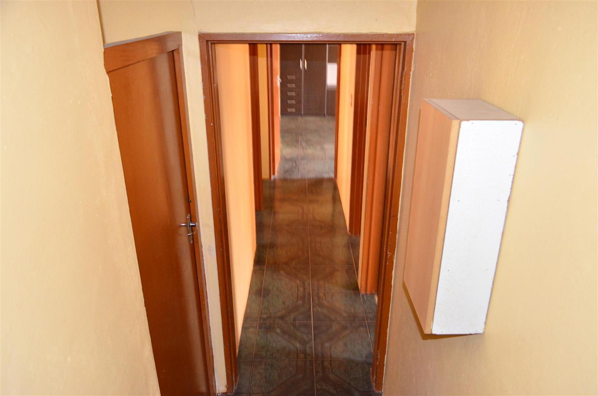 Storage Space Durban North Vawda Bedroom Study Unit With