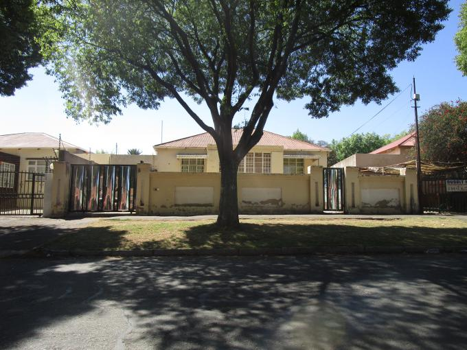 Standard Bank EasySell House for Sale For Sale in Rosettenville - MR166607