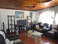 Lounges - 23 square meters of property in Brakpan