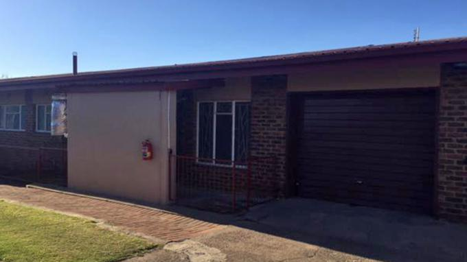3 Bedroom Sectional Title for Sale For Sale in Middelburg - MP - Home Sell - MR166615