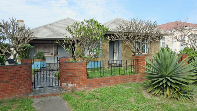 4 Bedroom House for Sale For Sale in Athlone - CPT - Private Sale - MR166623