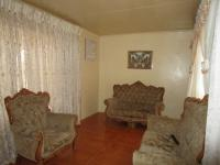 Lounges - 18 square meters of property in Soweto