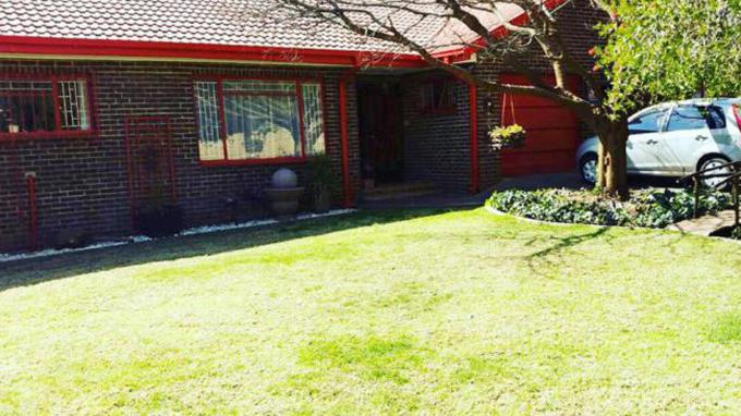 4 Bedroom House for Sale For Sale in Bloemfontein - Private Sale - MR166711