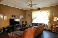 TV Room - 40 square meters of property in Witfield