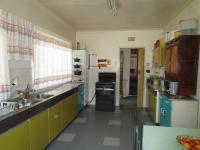Kitchen - 21 square meters of property in Tulisa Park