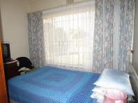 Bed Room 2 - 10 square meters of property in Tulisa Park