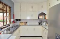 Kitchen - 14 square meters of property in Pinetown