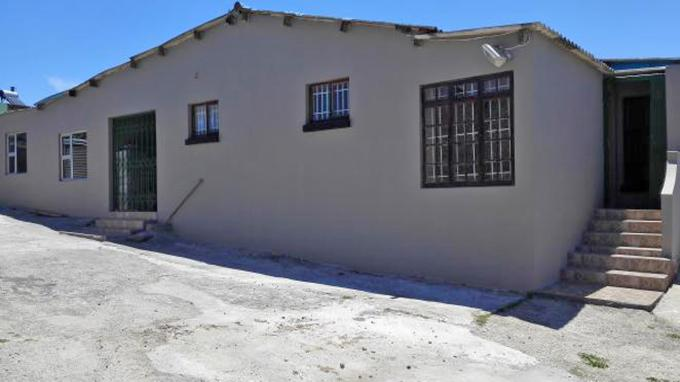 4 Bedroom House for Sale For Sale in Salt Lake - Private Sale - MR166880