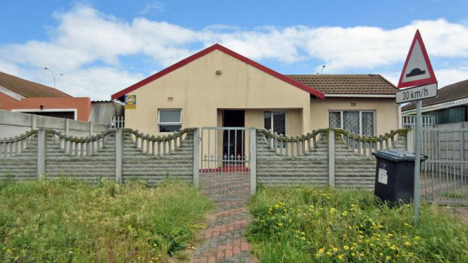 Standard Bank EasySell 3 Bedroom House for Sale For Sale in Kuils River - MR167023