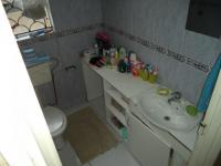 Bathroom 1 - 5 square meters of property in Kuils River
