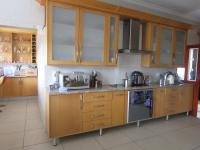 Kitchen - 31 square meters of property in Glenvista