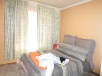 Bed Room 2 - 13 square meters of property in Johannesburg Central