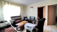 Lounges - 13 square meters of property in Soshanguve
