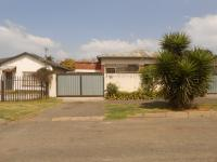 2 Bedroom 1 Bathroom Duet for Sale for sale in Bezuidenhout Valley