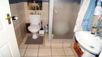 Main Bathroom - 20 square meters of property in Shallcross