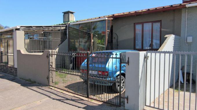 Property For Sale In Howard Hamlet Pinelands