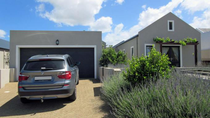 3 Bedroom House for Sale For Sale in Somerset West - Home Sell - MR167586