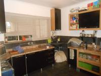 Kitchen - 13 square meters of property in Brakpan
