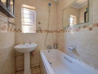 Bathroom 1 - 3 square meters of property in Roodepoort