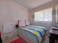 Bed Room 2 - 12 square meters of property in Roodepoort