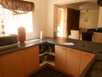 Kitchen - 10 square meters of property in Randburg
