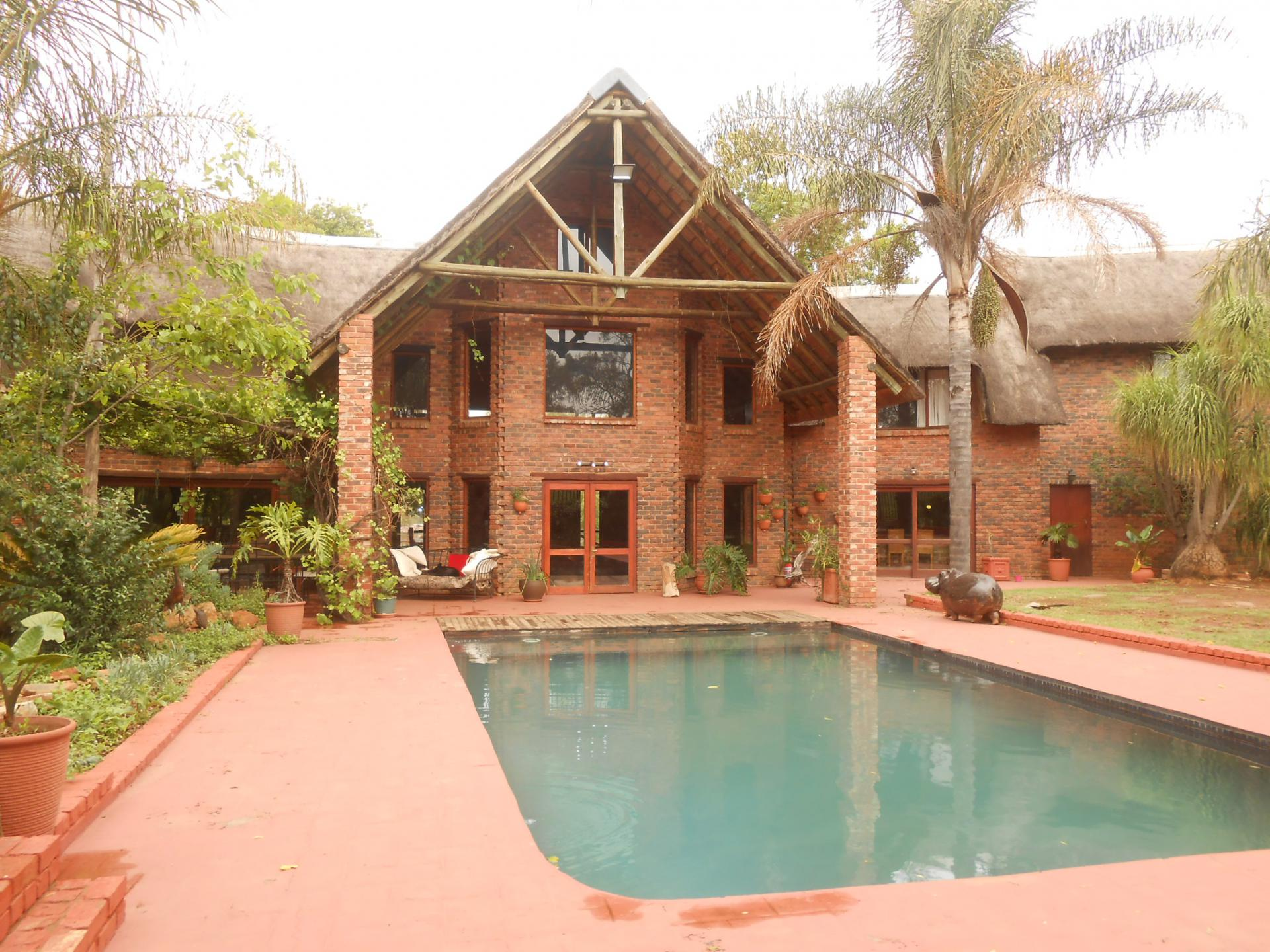 Front View of property in Muldersdrift