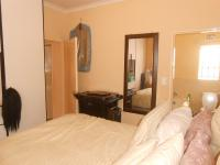 Main Bedroom - 11 square meters of property in Dawn Park