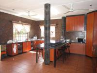 Kitchen - 38 square meters of property in Estera
