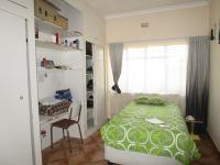 Bed Room 1 - 11 square meters of property in Estera