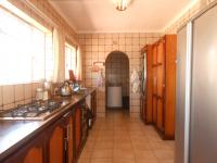 Kitchen - 17 square meters of property in Norkem park