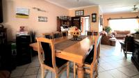 Dining Room - 20 square meters of property in Valhalla