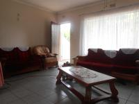 Lounges - 20 square meters of property in Brakpan