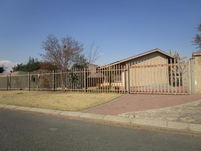 Standard Bank EasySell 3 Bedroom House for Sale For Sale in Vanderbijlpark - MR170786