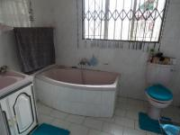 Main Bathroom - 7 square meters of property in Vanderbijlpark