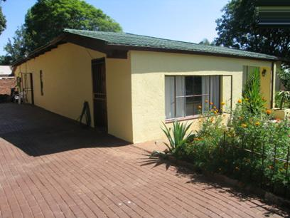 3 Bedroom House For Sale in Rietfontein - Private Sale - MR17084